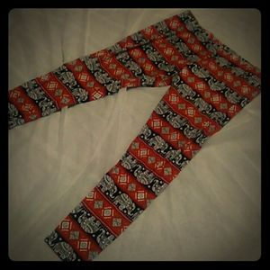 Boho leggings $5 bundle with another item